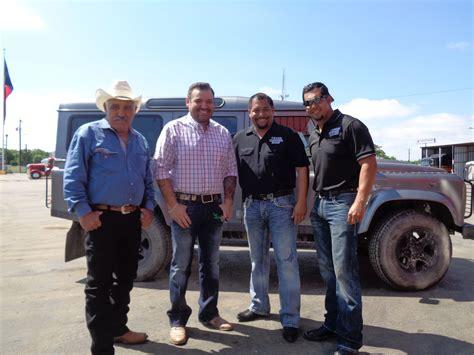 scow en espanol texas trocas regresa con nuevas historias m 193 s camiones y