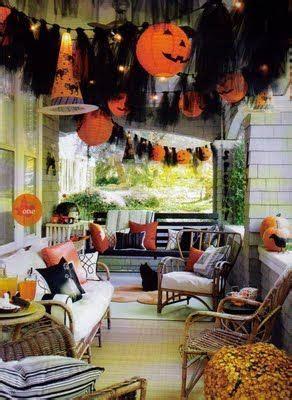theme changer line halloween outdoor halloween decorating ideas tulle garland idea
