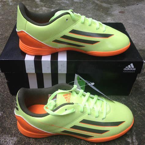 Adidas Nitrocharge 4 0 In Hitam terjual sepatu futsal kets anak adidas nike all original
