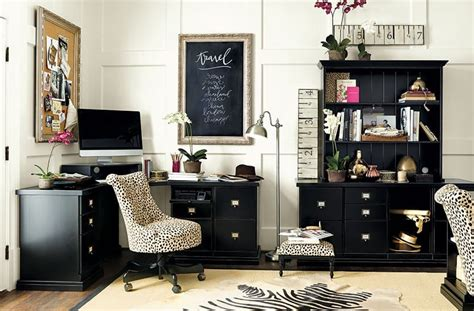 cowhide rug design ideas we re into cowhide rugs how to decorate