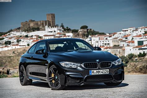 bmw m4 coupe in black sapphire