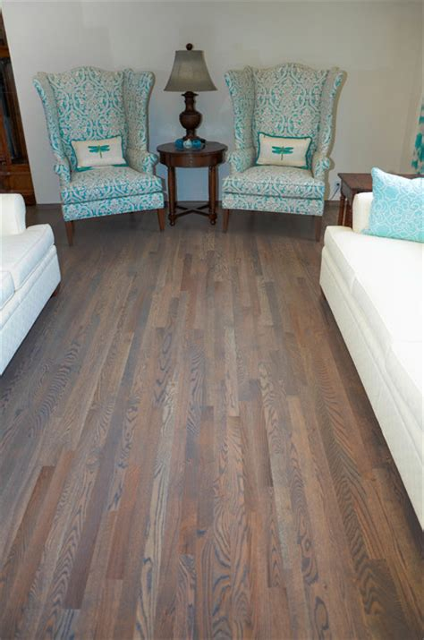 HARDWOOD FLOORING   TRADITIONAL RED OAK WITH CLASSIC GREY