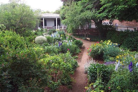 Santa Garden Of by Enjoy Gardens And Food In Retirement Travel To Santa Fe