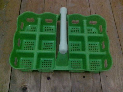 jual keranjang gelas aqua air mineral kotak plastik 12