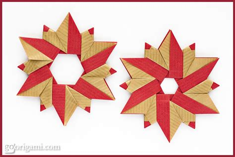 Modular Origami Wreath - sided kraft paper frog folia go origami