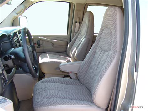 electric and cars manual 2005 gmc savana 3500 navigation system image 2005 gmc savana passenger 3500 135 quot wb rwd front seats size 640 x 480 type gif