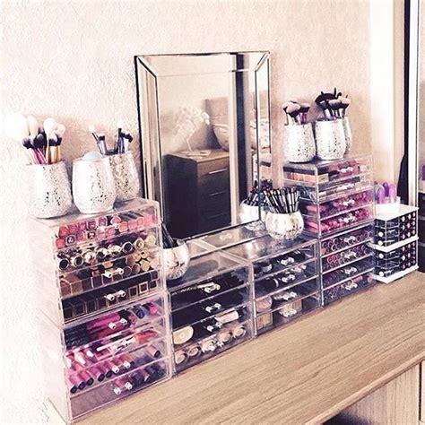 Makeup Vanity Storage Ideas by 17 Best Ideas About Makeup Storage On Makeup Organization Makeup Rooms And Vanity Ideas