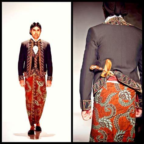 Baju Adat Jawa Timur Cowok pakaian adat jawa barat yang paling populer se indonesia satu jam