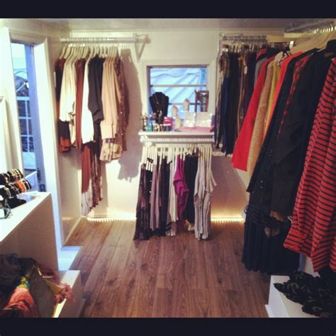 boutique mobile mobile boutique the styled closet