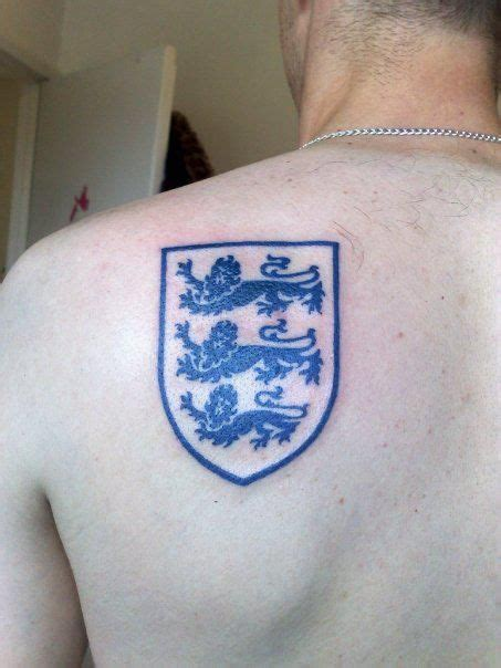 england tattoo designs three lions tat want this or at least something similar