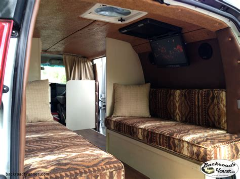 Video Diy Custom Cer Van Insulation And Upholstery