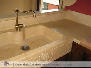 Bella Top In Marmo Per Cucine #1: marmi_arredo-interni-cucina09.jpg