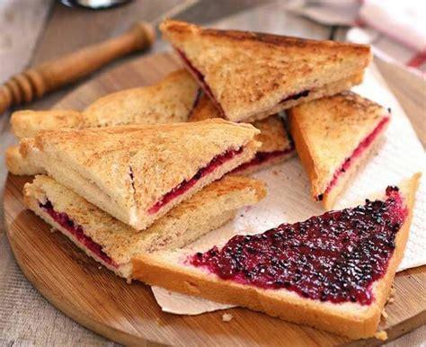cara membuat roti bakar rasa strawberry resep sarapan praktis bagi para ibu sibuk untuk sepekan