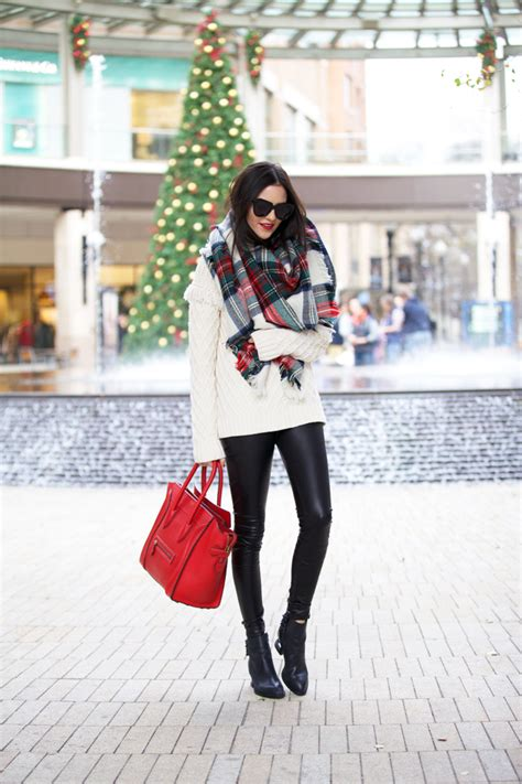 causual christmas ouitfit ideas for womens casual pink peonies by rach parcell