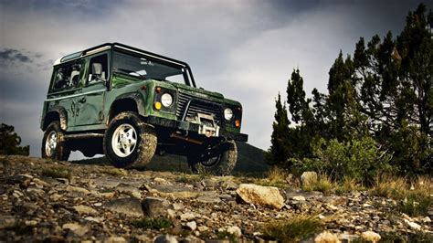 land rover off road wallpaper land rover off road wallpaper johnywheels com