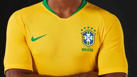 presentan la camiseta de brasil para el mundial 2018