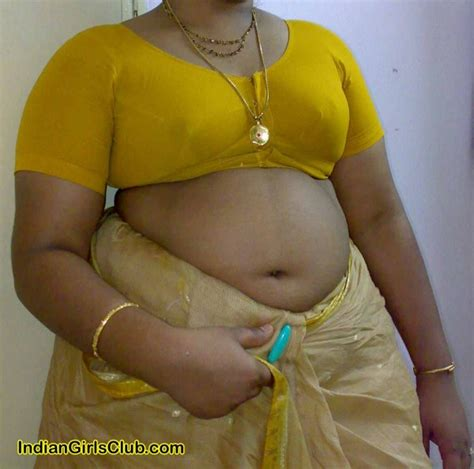 kerala aunties removing dress hot south aunties bra removing show tamil aunty photos