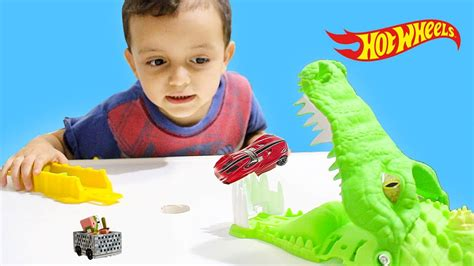 Hotwheels Crocodile Crunch Spesial wheels ataque de crocodilo pista crocodile crunch new 2017 wheels toys