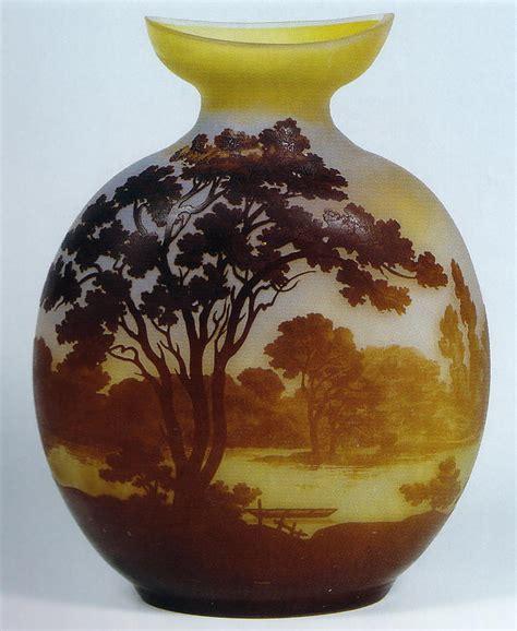 vaso galle 201 mile gall 233 vaso in vetro cameo quot paesaggio con lago quot