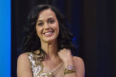 Kejriwal Cabinet Katy Perry Stuns In Swimsuit On Gq Cover Talks About Her