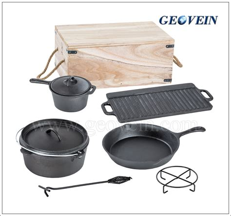 Pot Hitam Global Palem 20 6pcs cast iron cing set bbq cookware with wooden box buy cast iron cing set with wooden box