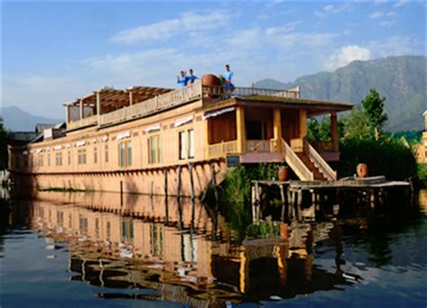 house boat kashmir pin houseboat kashmir on pinterest