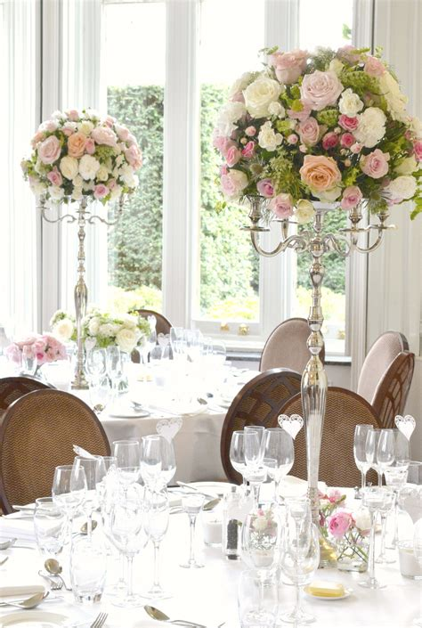 wedding table name ideas flowers fawsley wedding flowers and cake ch 233 rie