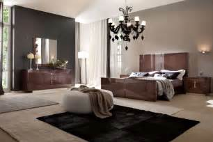 Modern Bedroom Furniture by Contemporary Italian Bedroom Furniture And Sets Em Italia
