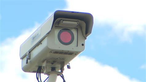 fort worth red light ticket cities refuse to pay red light camera tickets 171 cbs dallas