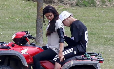 According To Snark Paparazzi Assault by Justin Bieber New Allegations He Cheated On Selena Gomez