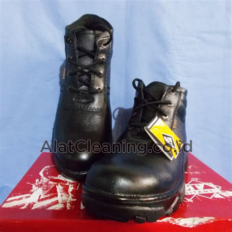 Sepatu Merk Wind safety tool equipment peralatan keamanan