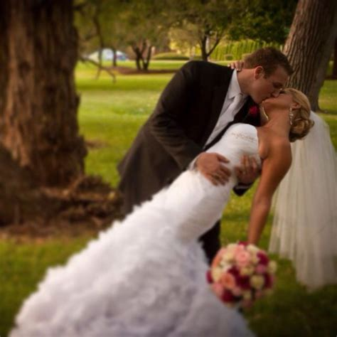 wedding poses on pinterest wedding pictures wedding 10 best wedding pose ideas images on pinterest wedding
