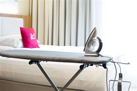 wie ein familienzimmer gestaltet zimmer 220 bersicht hotel wartmann am bahnhof winterthur