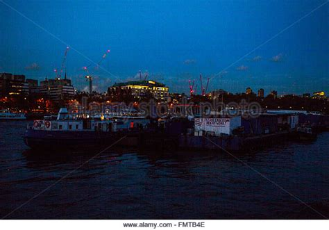 thames river boat night barge thames stock photos barge thames stock images alamy