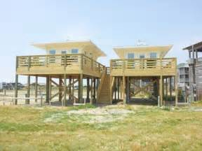 House On Stilts Plans Beachfront Tiny Houses On Stilts Beach House Stilt Home
