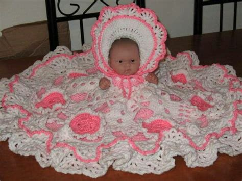 pillow bed pattern bed doll crochet bed pillow dolls crochet doll pattern