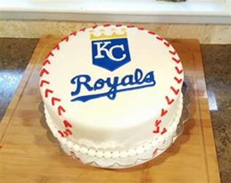 Cake Decorators In Kansas City by Kansas City Royals Cake