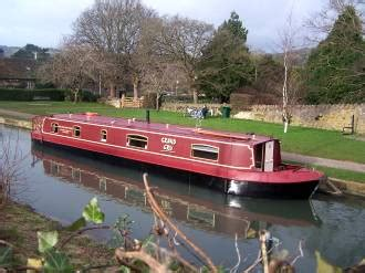 house boats uk the cru house boats bed and breakfast bath somerset
