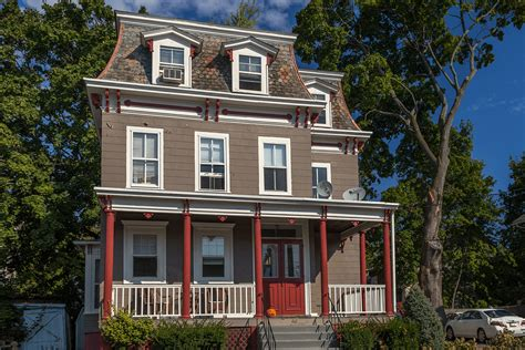 colonial house colors the best colonial exterior paint colors for your home