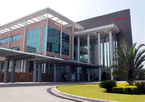 tech mahindra bangalore cus images tech mahindra one amongst the only three indian companies