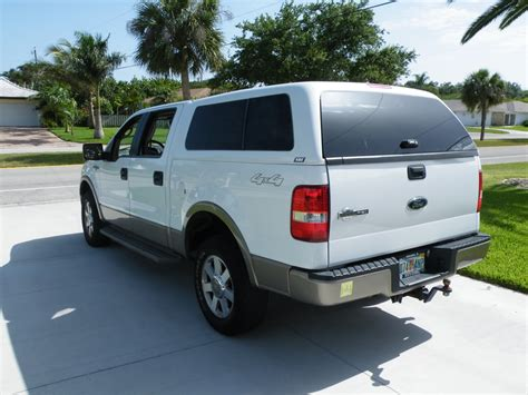2006 Ford f150 camper shell