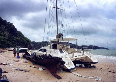 catamaran boat accident pin by alex rogov on accident crash pinterest