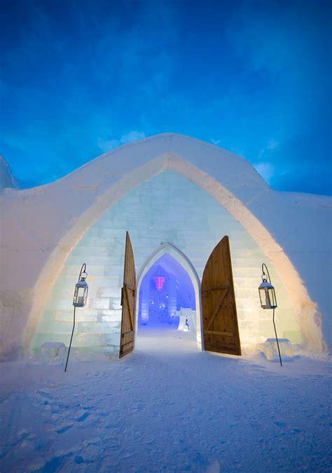 hotel de glace ice hotel  quebec city canada