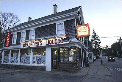liquor store plymouth bradfords liquor store plymouth ma 02360 508 746 1298