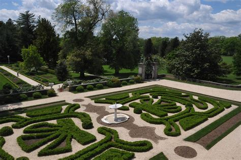 Delaware Gardens by File Boxwood Gardens At Nemours Mansion New Castle County Delaware Jpg Wikimedia Commons