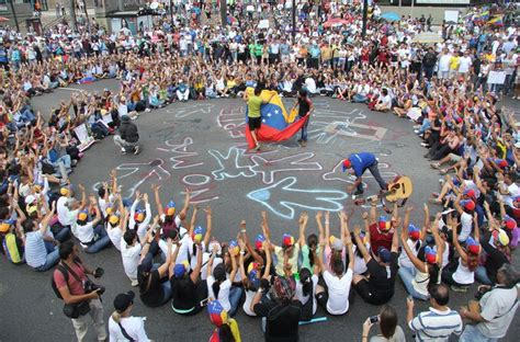 imagenes protestas venezuela opositor leopoldo lopez protestas venezuela lncima20140218