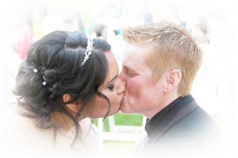 Wedding Hairstyles For Sweetheart Neckline by Help With Hairstyle For Sweetheart Neckline Dress Weddingbee
