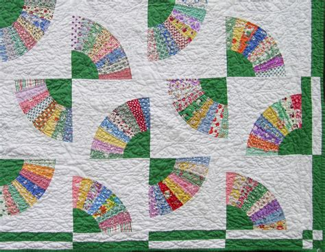 Fan Quilt Patterns by Green Fan Quilt Q Is For Quilter
