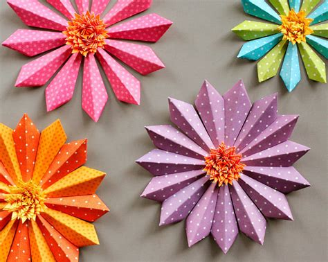 Crafting Paper Flowers - diy paper flower decorations fiskars