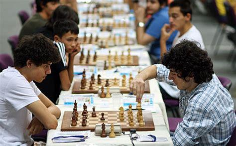 Segi 4 Chess der charme der jugend chessbase